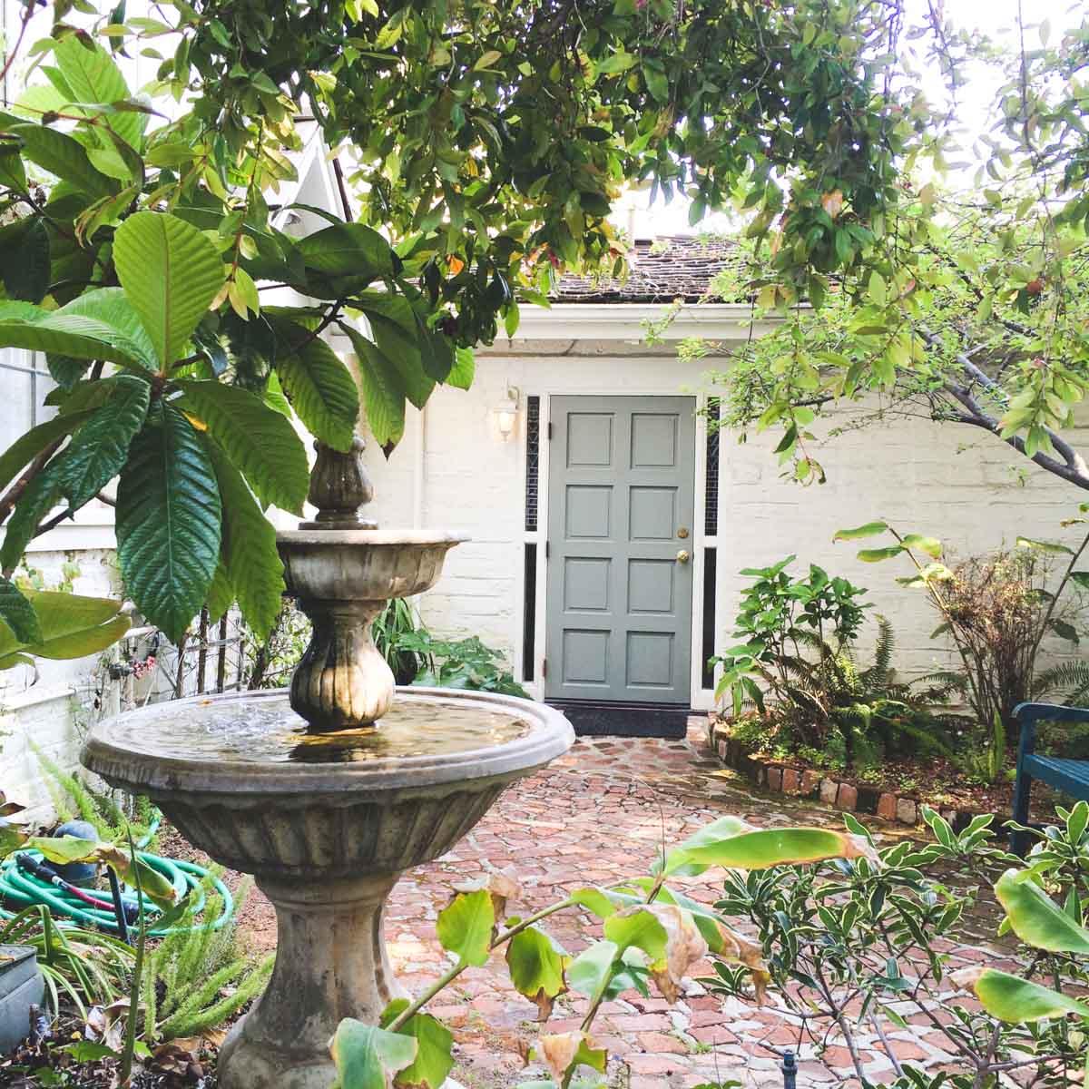 adobe-on-green-gray-door-fountain