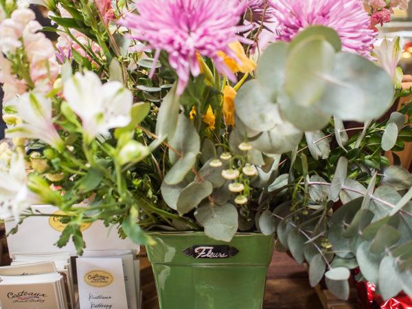 fleurs-at-costeaux